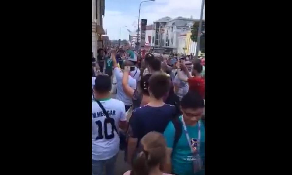 VÍDEO: iranianos continuam em festa à porta do hotel de Portugal