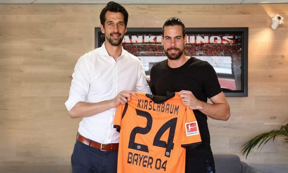 OFICIAL: Bayer Leverkusen contrata guarda-redes ao Nuremberga