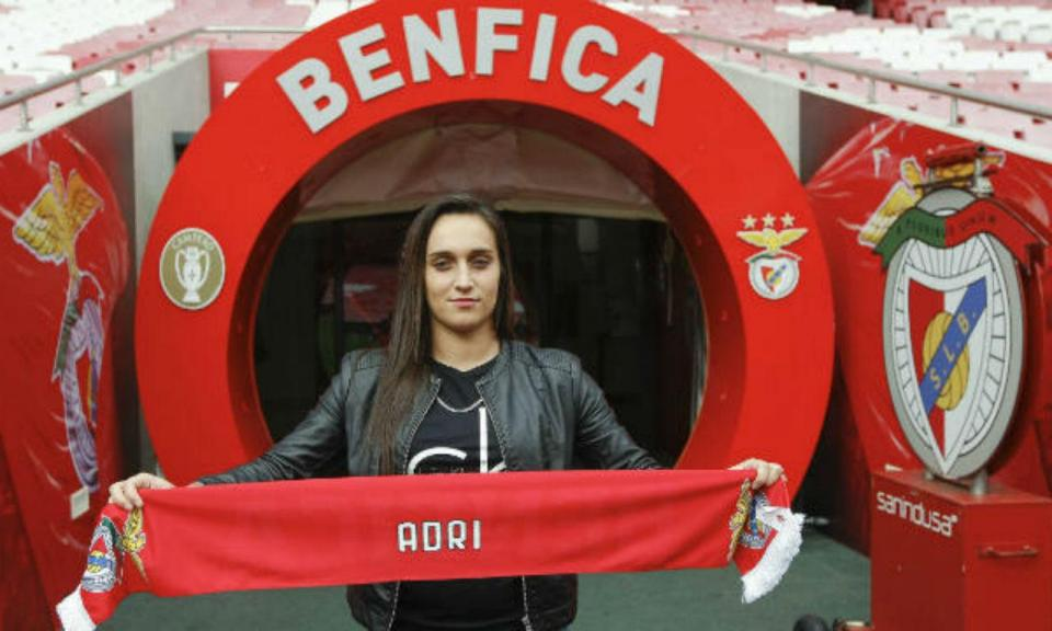 Futebol feminino: Adri (ex-Sp. Braga) reforça o Benfica