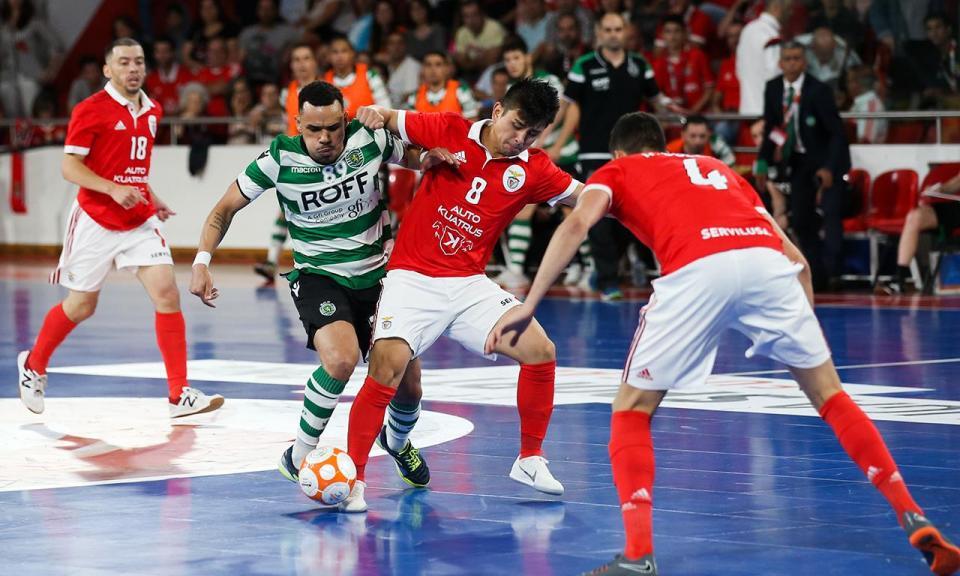 Futsal: Cecílio prolonga contrato com Benfica