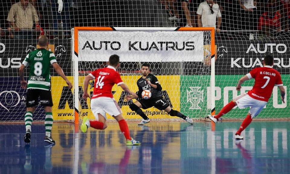 Futsal: Benfica anuncia saída de Deives Moraes