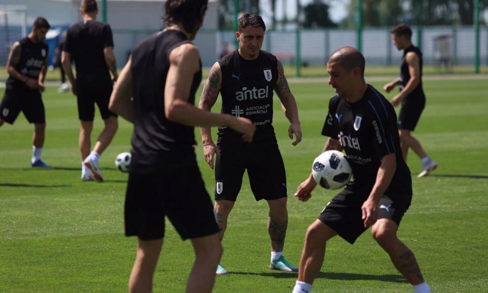 Atenção Portugal: Uruguai termina treino a praticar bolas paradas