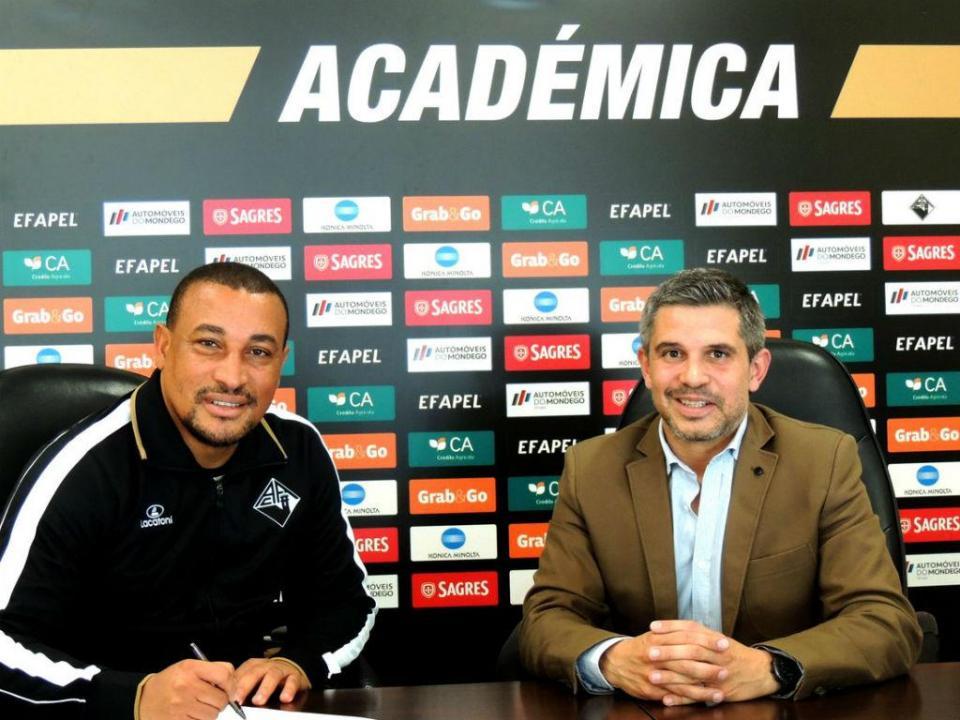 Académica no campeonato sub-23 com Dário a treinador