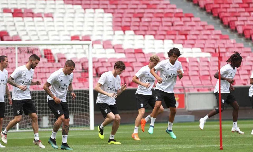 O que espera o Benfica na Champions, com sorteio nesta 2ª feira