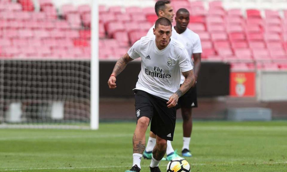 Benfica: Rui Vitória não pôde contar com Rafa e Krovinovic