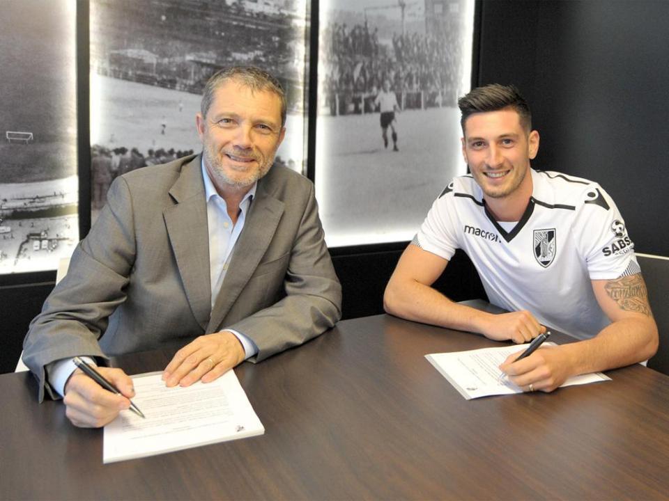 Oficial: V. Guimarães confirma contratação de Florent