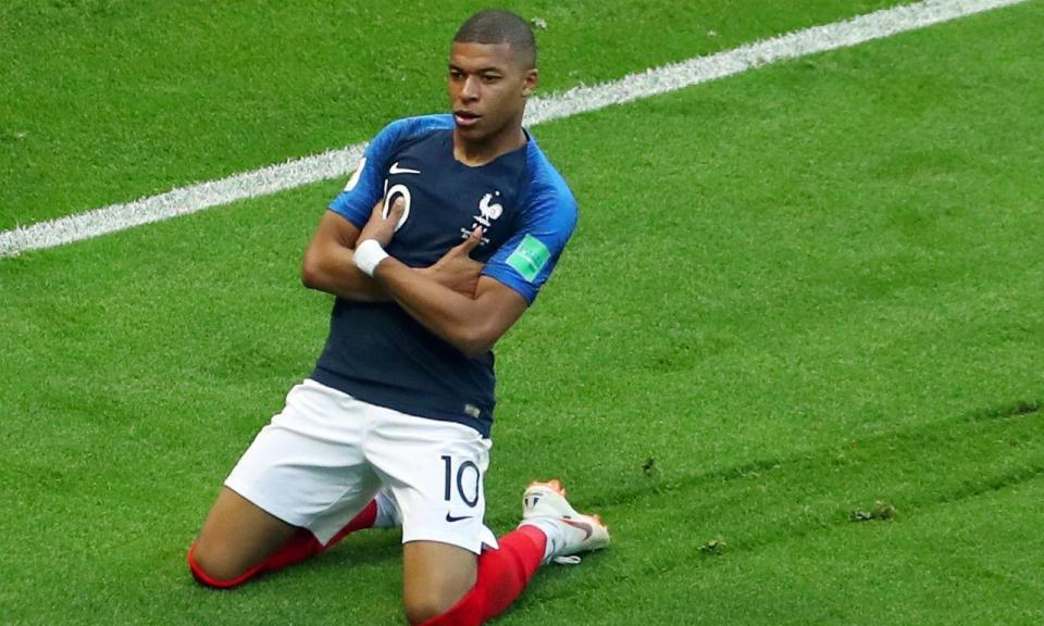 Mundial 2018: Mbappé recebeu prémio de melhor jovem