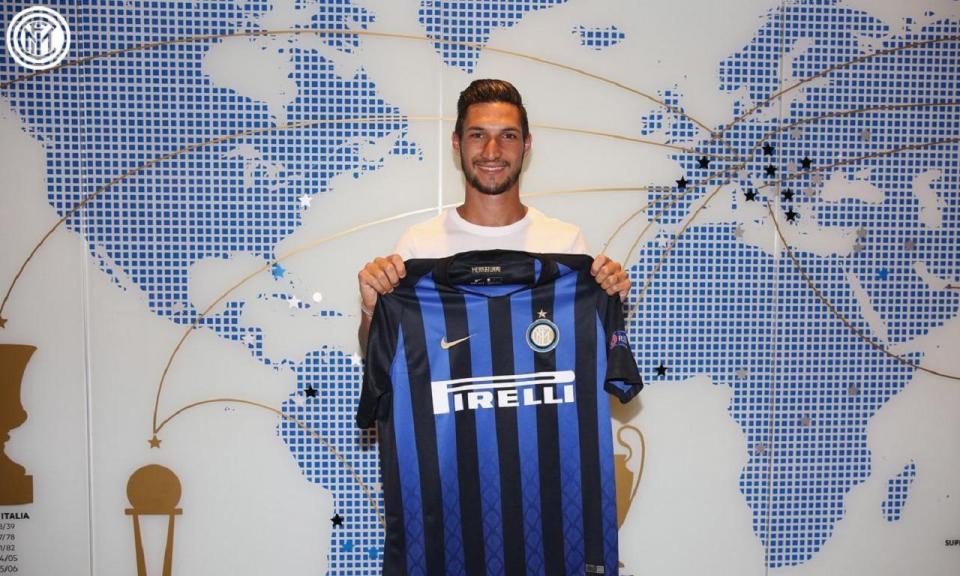 OFICIAL: Matteo Politano reforça Inter de Milão