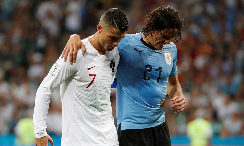 Cavani sem rotura muscular é esperança para o jogo com a França