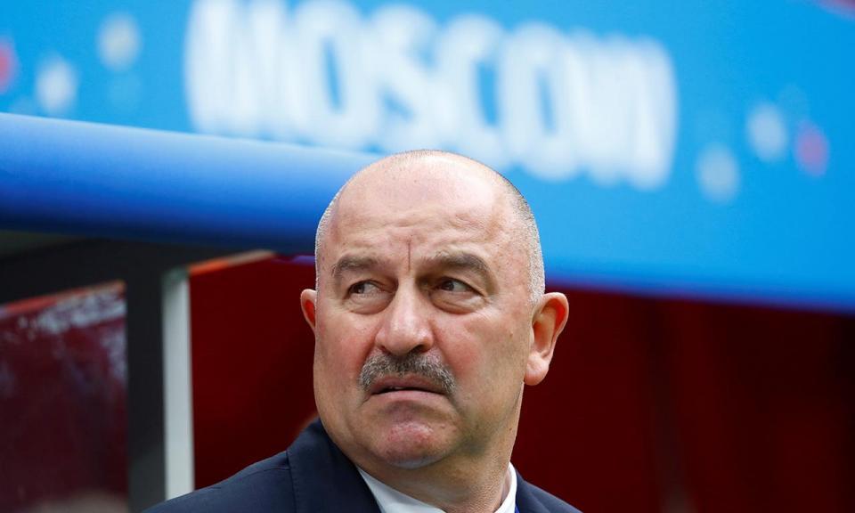 OFICIAL: Cherchesov prolonga contrato com a seleção da Rússia