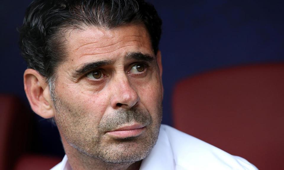OFICIAL: Hierro deixa a seleção espanhola