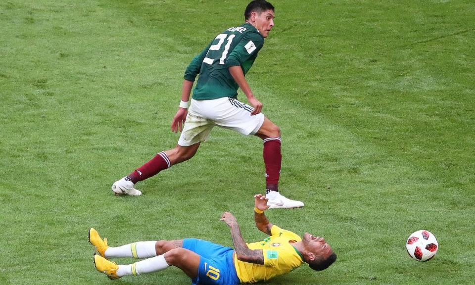 Mundial 2018: sabe quanto tempo é que Neymar já passou no chão?