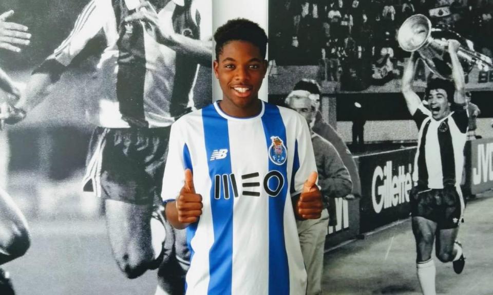 Eurichano assina pelo FC Porto