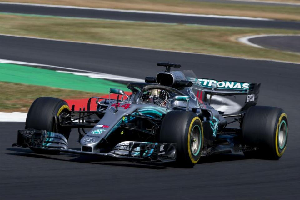 GP da Grã-Bretanha: Lewis Hamilton é o mais rápido antes da qualificação