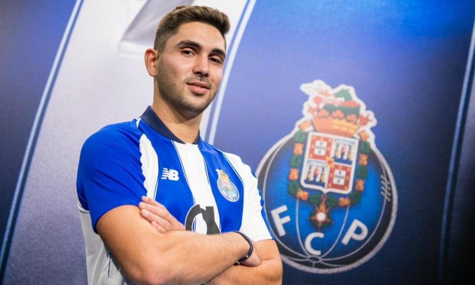 OFICIAL: FC Porto anuncia Rui Costa para a equipa B