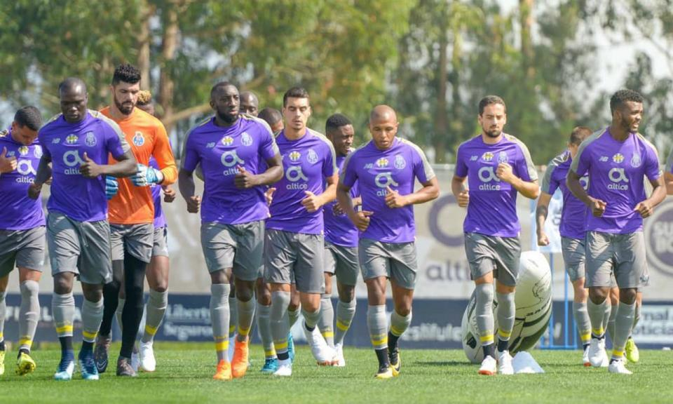 FC Porto: Marega, Brahimi, Aboubakar e Chidozie já treinam