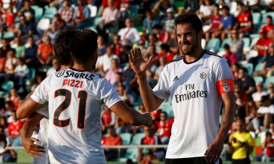 Benfica-Napredak, 3-0 (crónica)