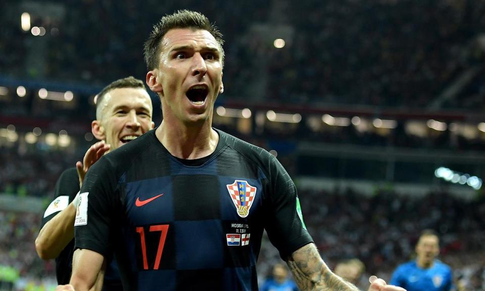 VÍDEO: o que é que Inglaterra tentou fazer após o golo da Croácia?