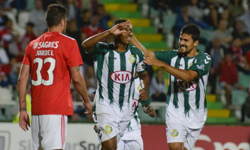 Jogo particular: V. Setúbal-Benfica, 1-1 (destaques)