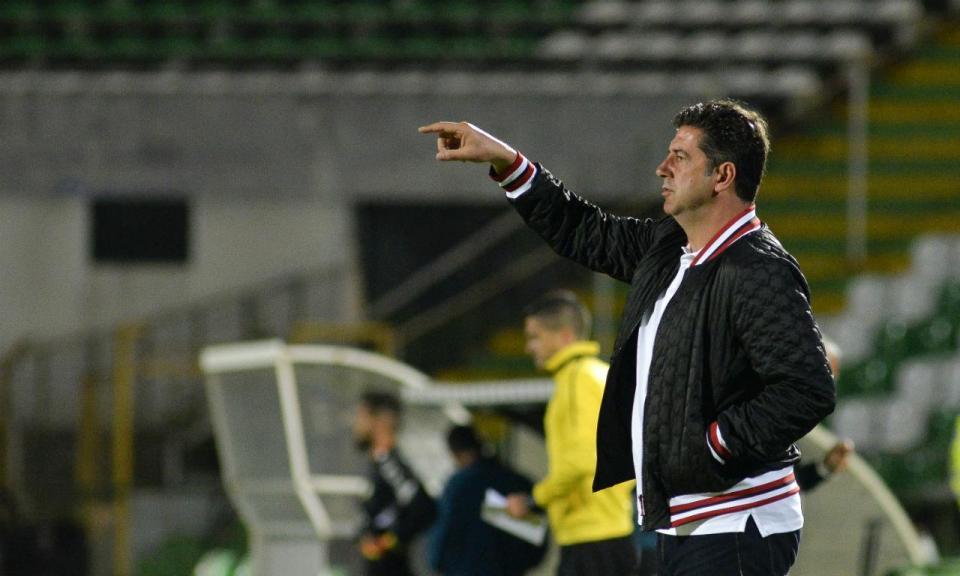 Benfica: Ola John e Chiquinho dispensados