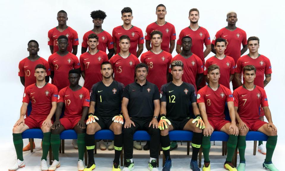 Euro Sub-19: Diogo Costa lesiona-se e falha final