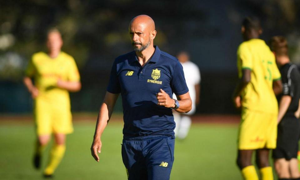 OFICIAL: Miguel Cardoso recebe defesa do Chelsea