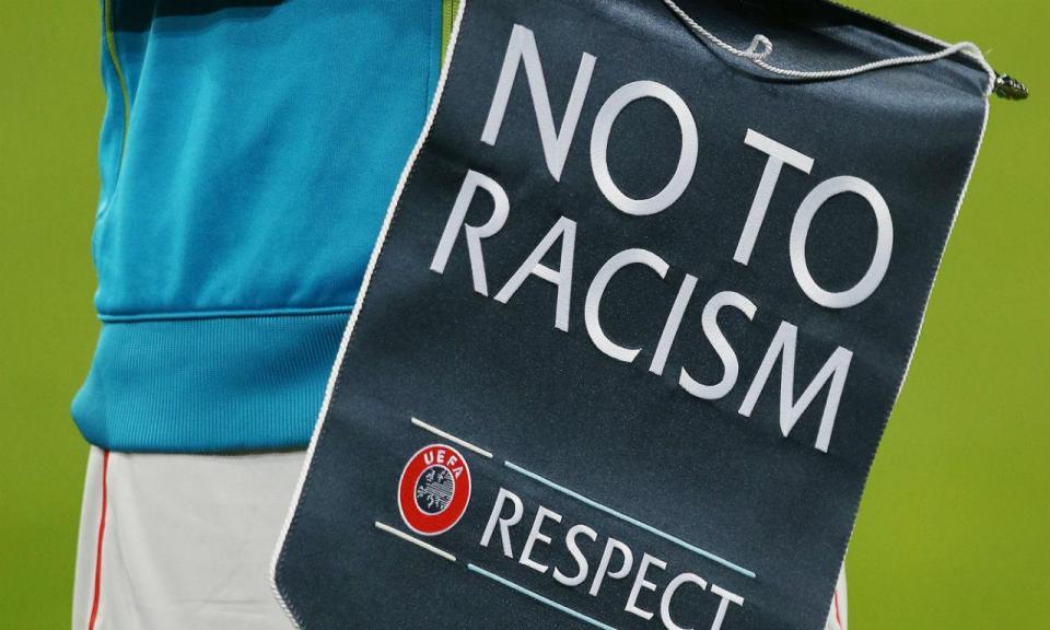 Torpedo cancela transferência com polémica de racismo pelo meio