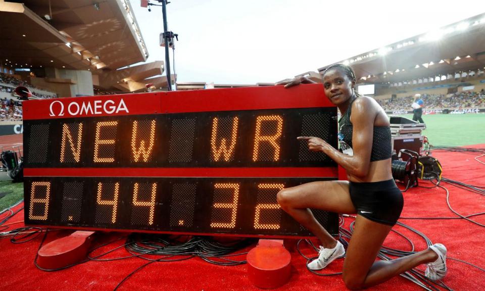 Atletismo: novo recorde do mundo nos 3 mil metros obstáculos