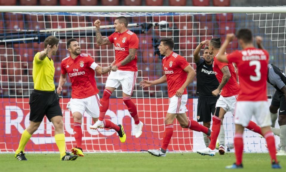 Sorteio da Champions: Benfica joga contra o Fenerbahce