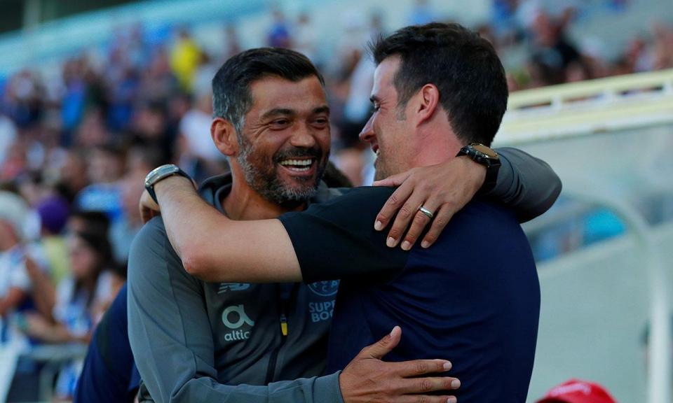 Particular: FC Porto-Everton, 1-0 (resultado final)