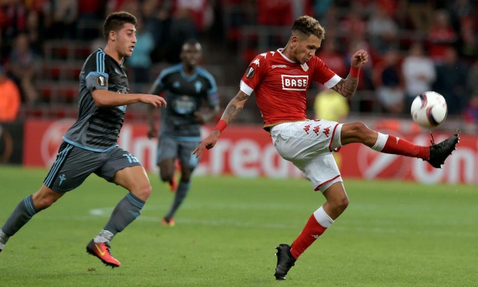 Edmilson fala em negociações com o FC Porto mas vai para o Qatar