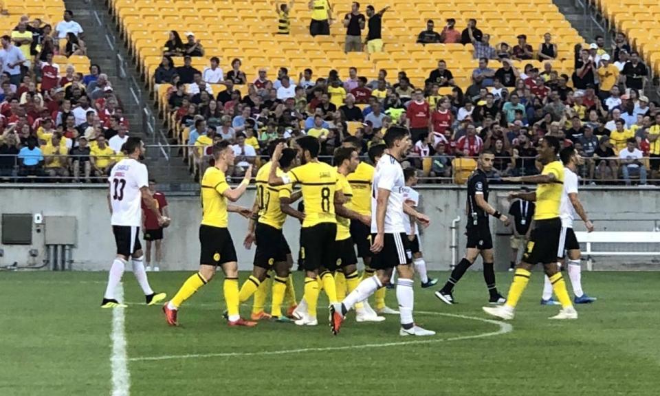 B. Dortmund-Benfica, 2-2 (3-4 gp) (crónica)