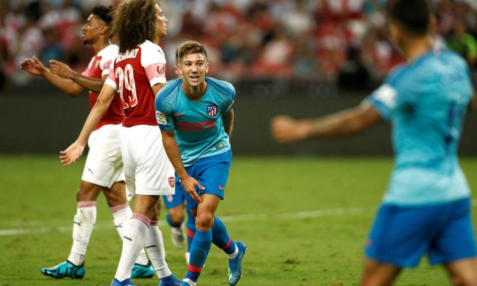 Atlético Madrid (ainda sem Gelson) vence Arsenal nos penáltis