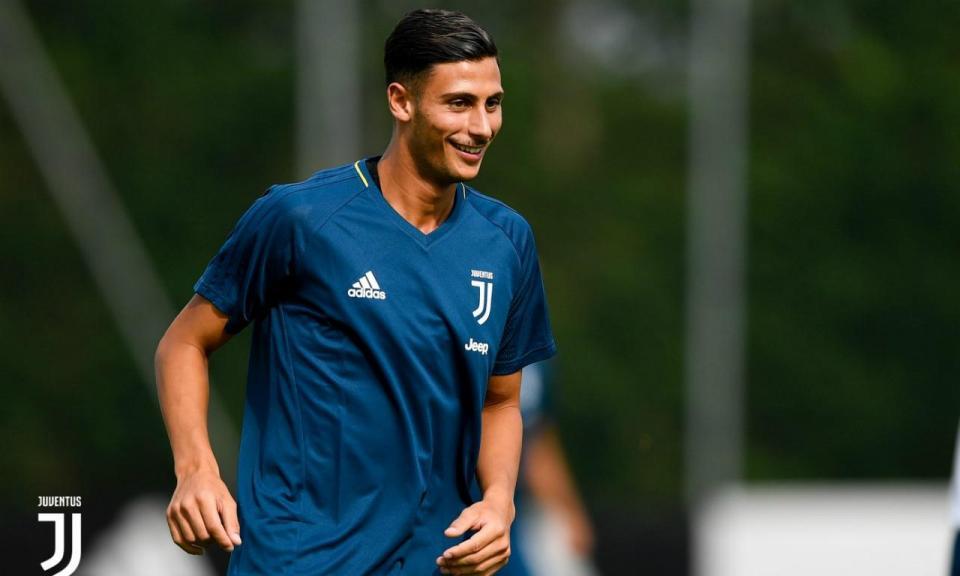OFICIAL: Mandragora é jogador da Udinese por 20 milhões