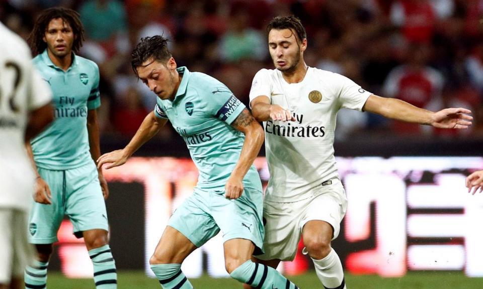 VÍDEO: Arsenal goleia Paris Saint-Germain com suplentes em destaque