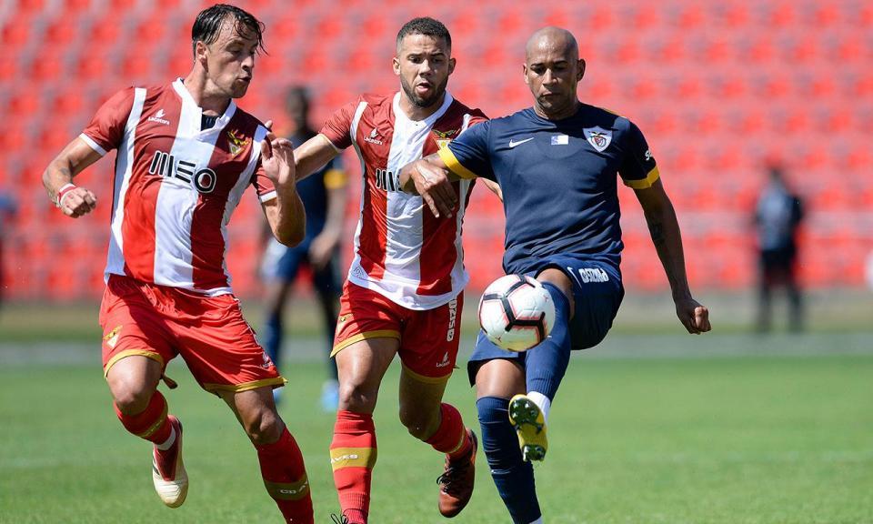 Santa Clara vence Praiense com golo de Thiago Santana