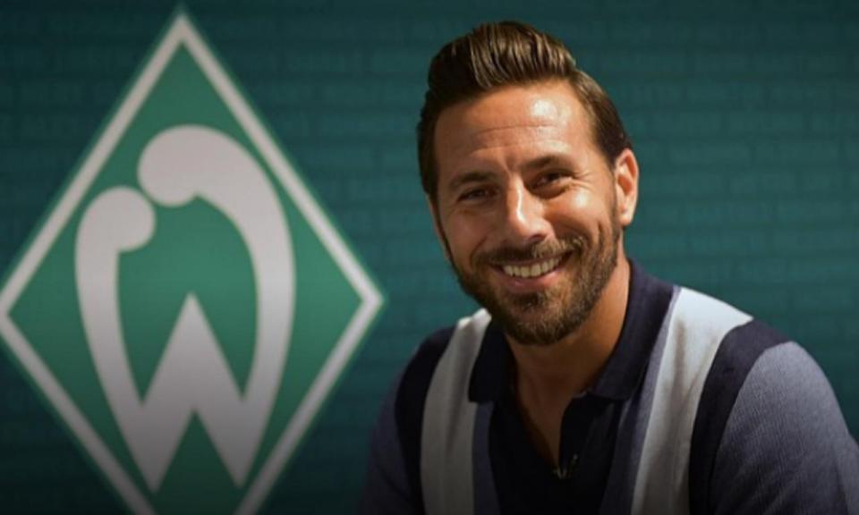 OFICIAL: Claudio Pizarro volta ao Werder Bremen aos 39 anos
