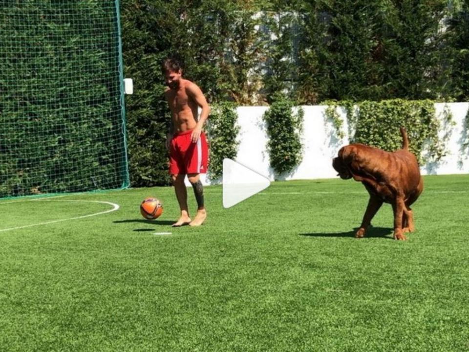 Vídeo: Messi deixou Hulk de gatas no último dia de férias