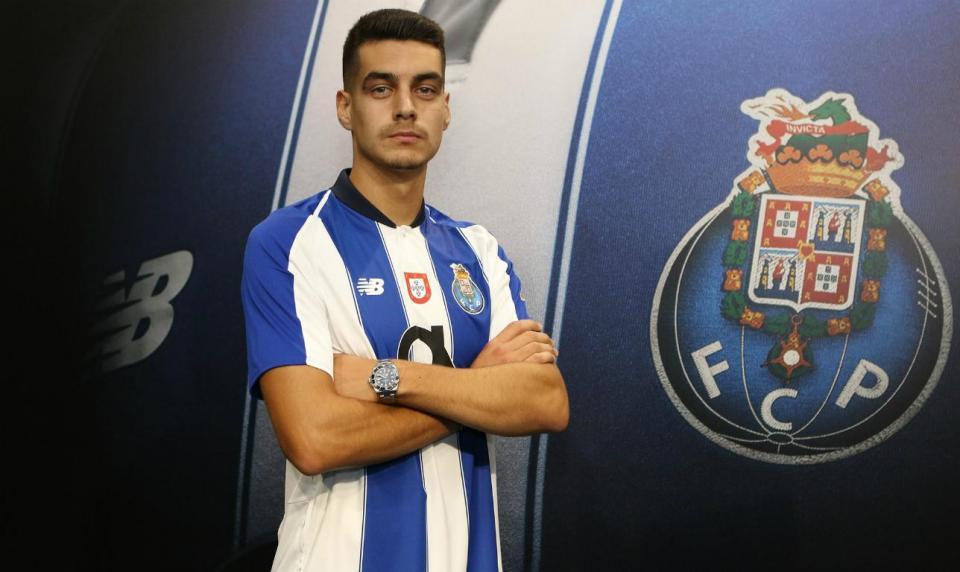 OFICIAL: Diogo Leite renova com o FC Porto até 2023