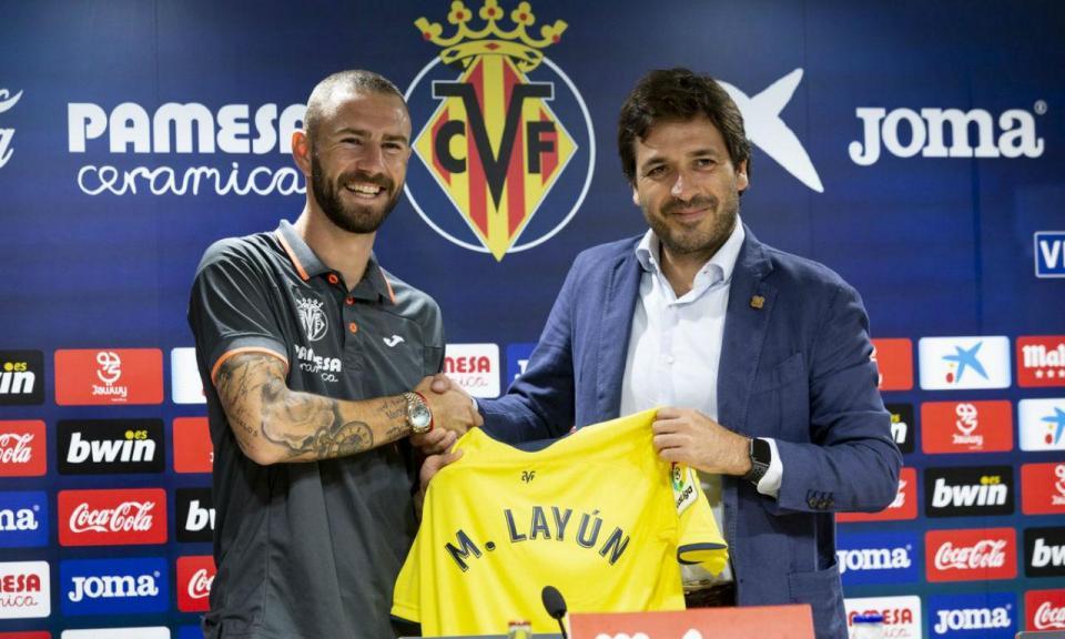 Layún aponta à conquista de títulos na apresentação no Villarreal