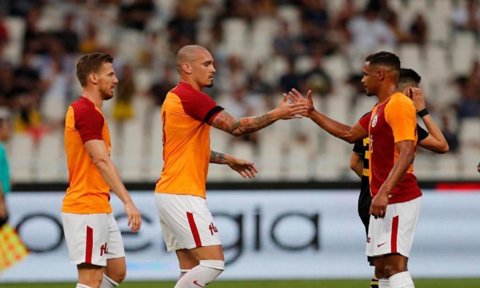 Ex-portista Maicon bisa na derrota do Galatasaray com o AEK