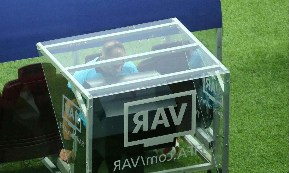 Espanha: Supertaça marca estreia do vídeo-árbitro