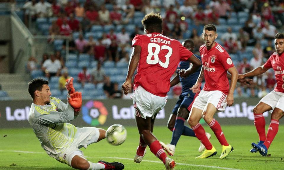 Benfica-Lyon, 2-3 (crónica)