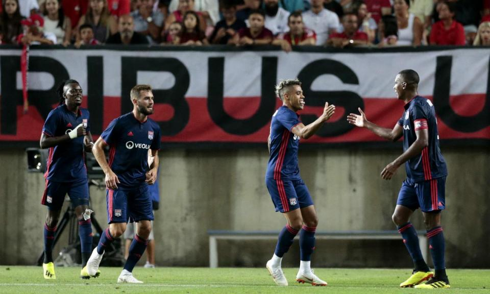 Lyon renova com internacional sub-21 francês