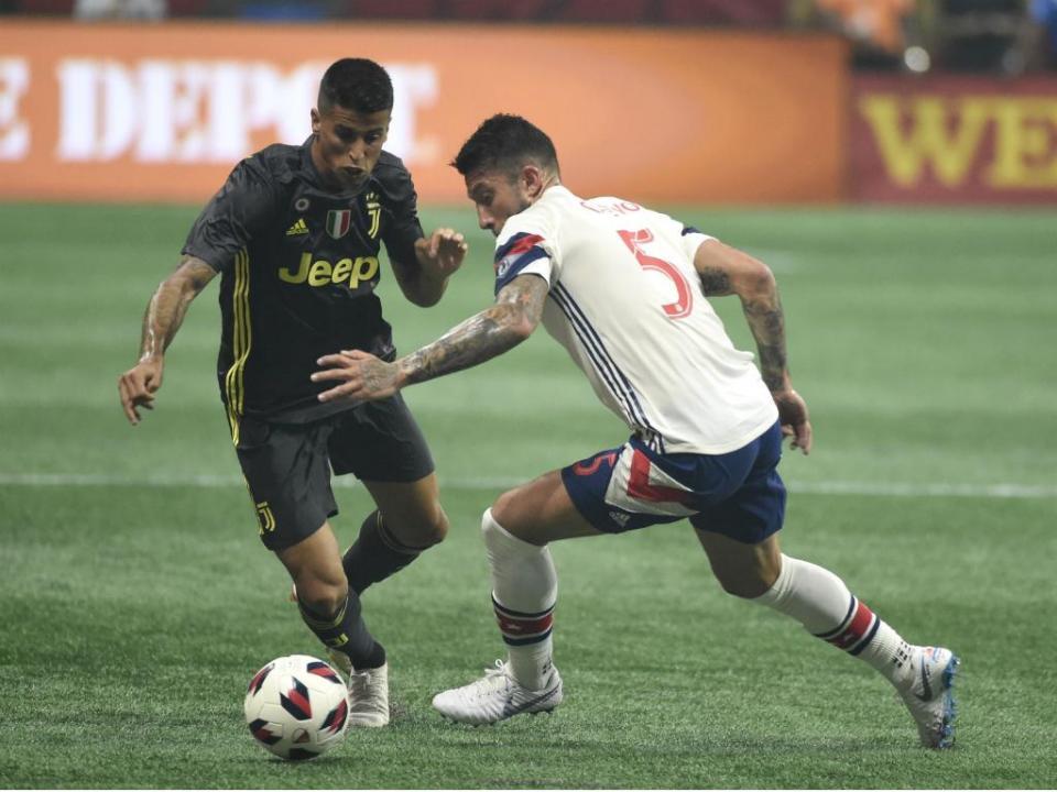 Juventus vence estrelas da MLS (nos penáltis) com golo de alvo portista
