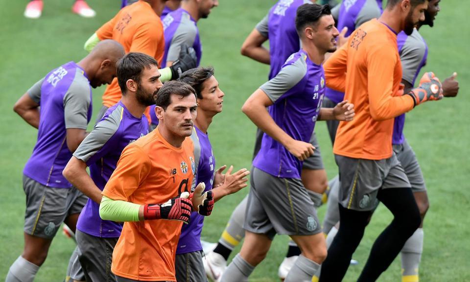 FC Porto: Conceição chamou cinco «bês» para o treino desta manhã