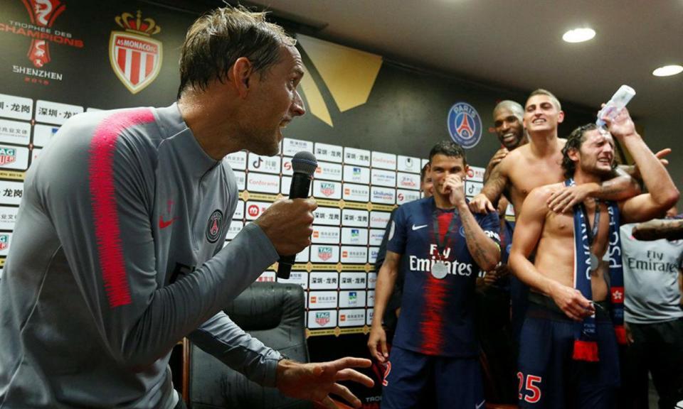 Vídeo: Tuchel até cantou depois da vitória do PSG sobre o Monaco