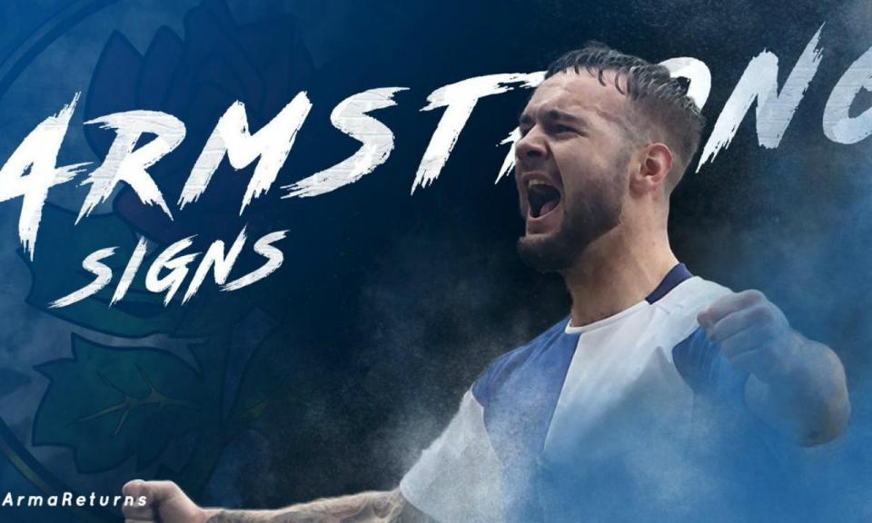 OFICIAL: Adam Armstrong assina pelo Blackburn Rovers