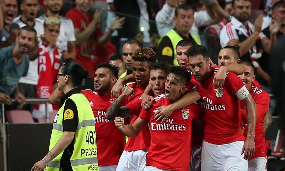 Benfica-V. Guimarães (onzes): Rui Vitória repete o onze