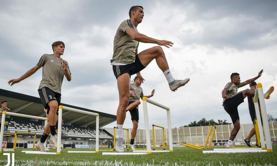 Juventus: Ronaldo treinou pela primeira vez com todo o plantel